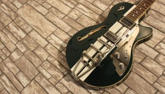 Duesenberg Starplayer TV Mike Campbell 40th Catalina Green 2018