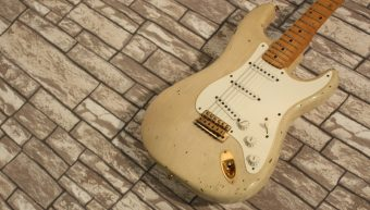 Fender 1956 Stratocaster Relic Mary Kay White 2000