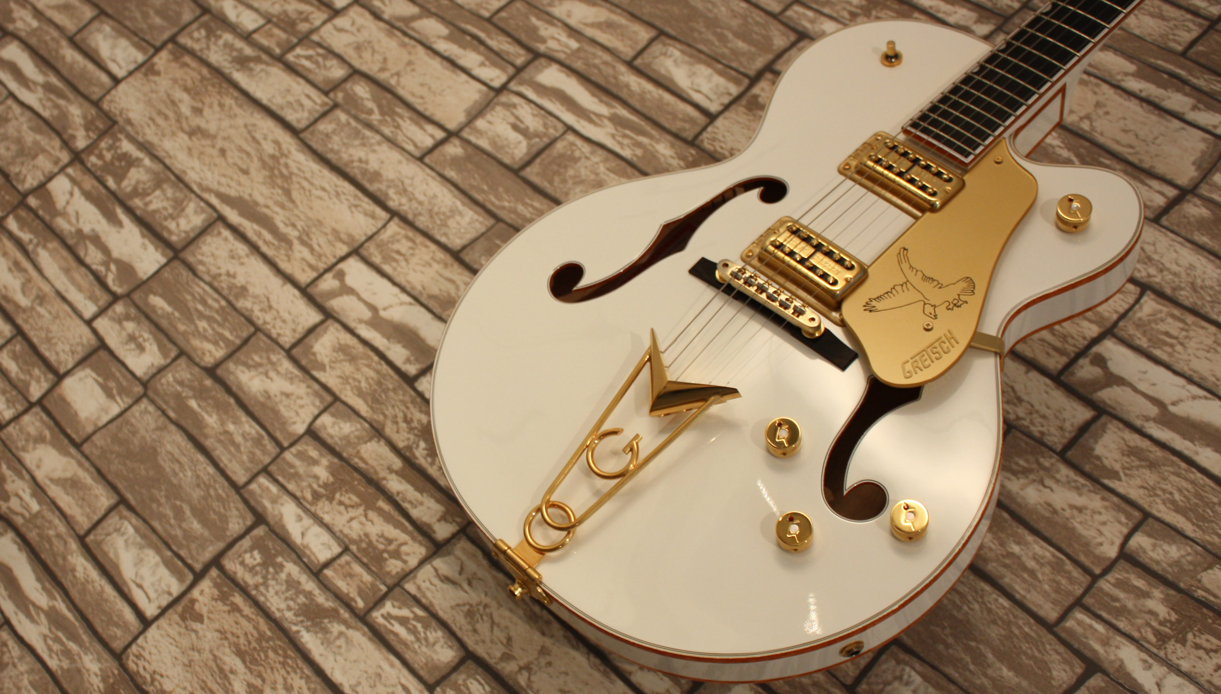 Gretsch White Falcon 6139CB