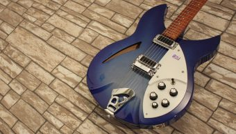 Rickenbacker 330 BlueBurst 2007