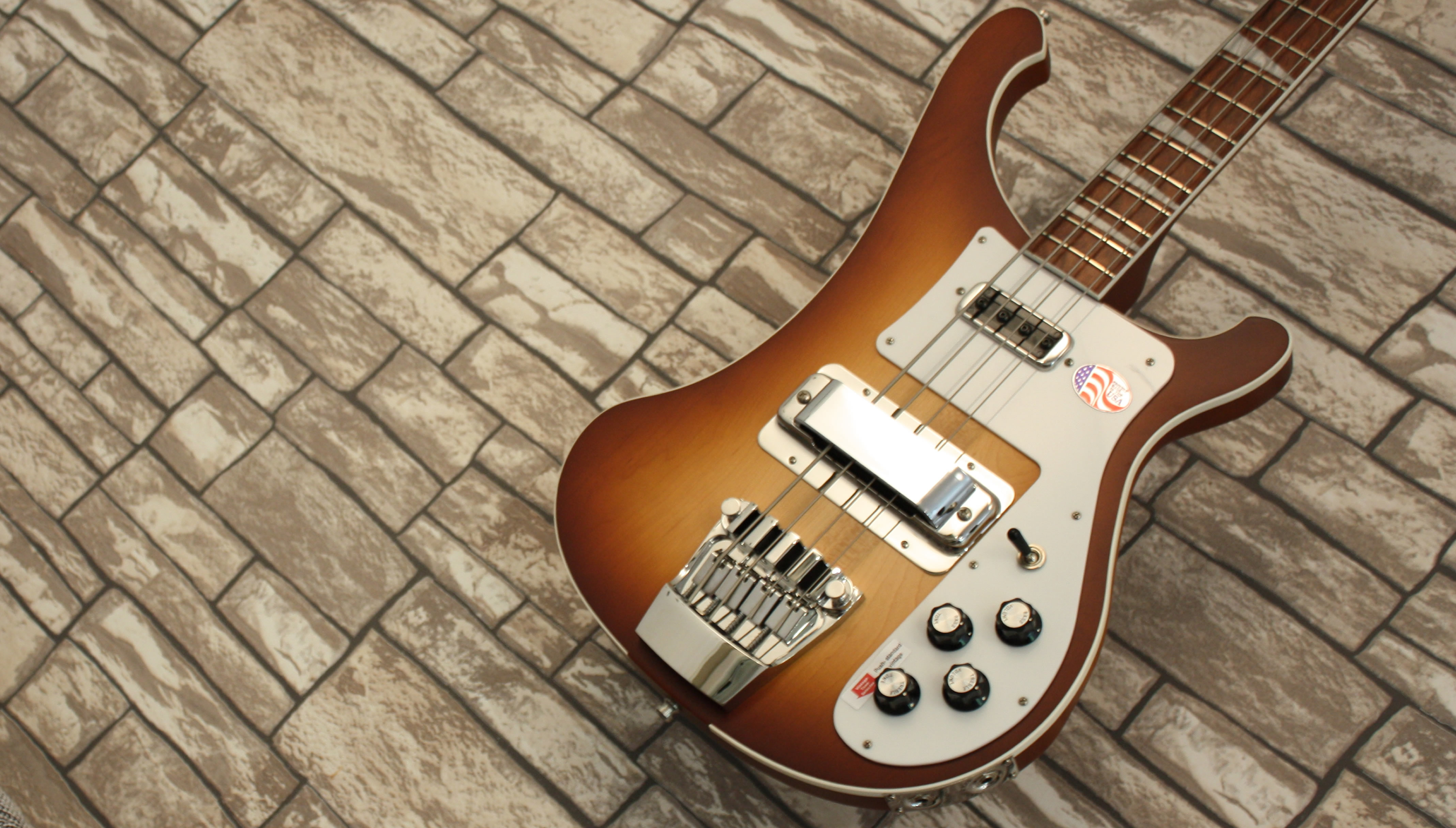 Rickenbacker 4003 Autumnglo Limited Edition 2020