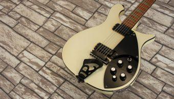Rickenbacker 620-12 White 1986
