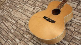 Rickenbacker 700c Comstock Mapleglo 1995 Acoustic